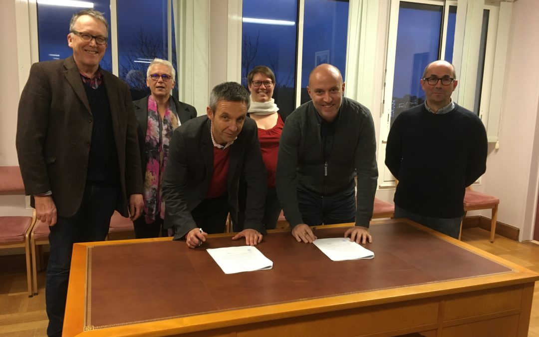 SIGNATURE OFFICIELLE DE LA CONVENTION SIEG